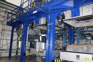 Recycling und Veredlung von SIlicium. Produktion von multikristallinen Silicium-Blöcken, Kristallisation, Umschmelzen, Aufreinigung